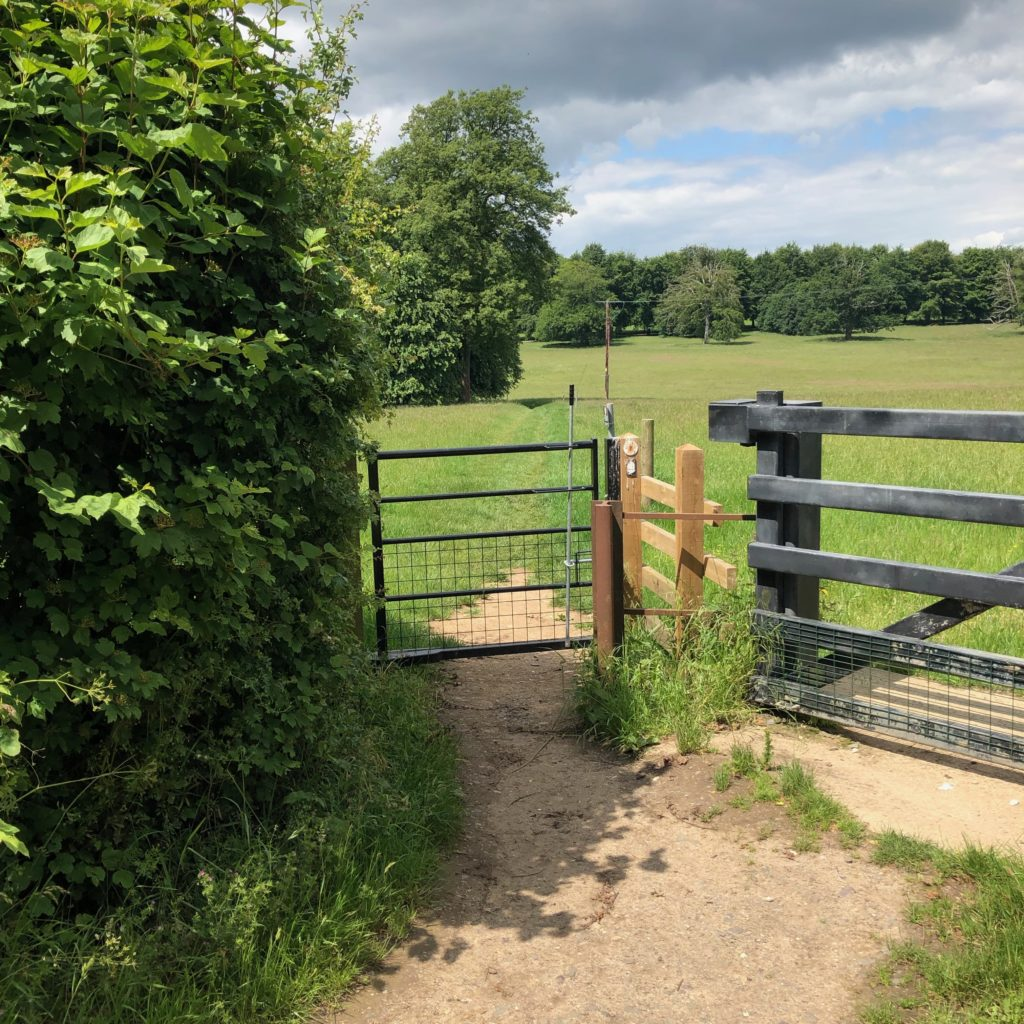 Head through the gate and back across the edge of Chequers' estate.