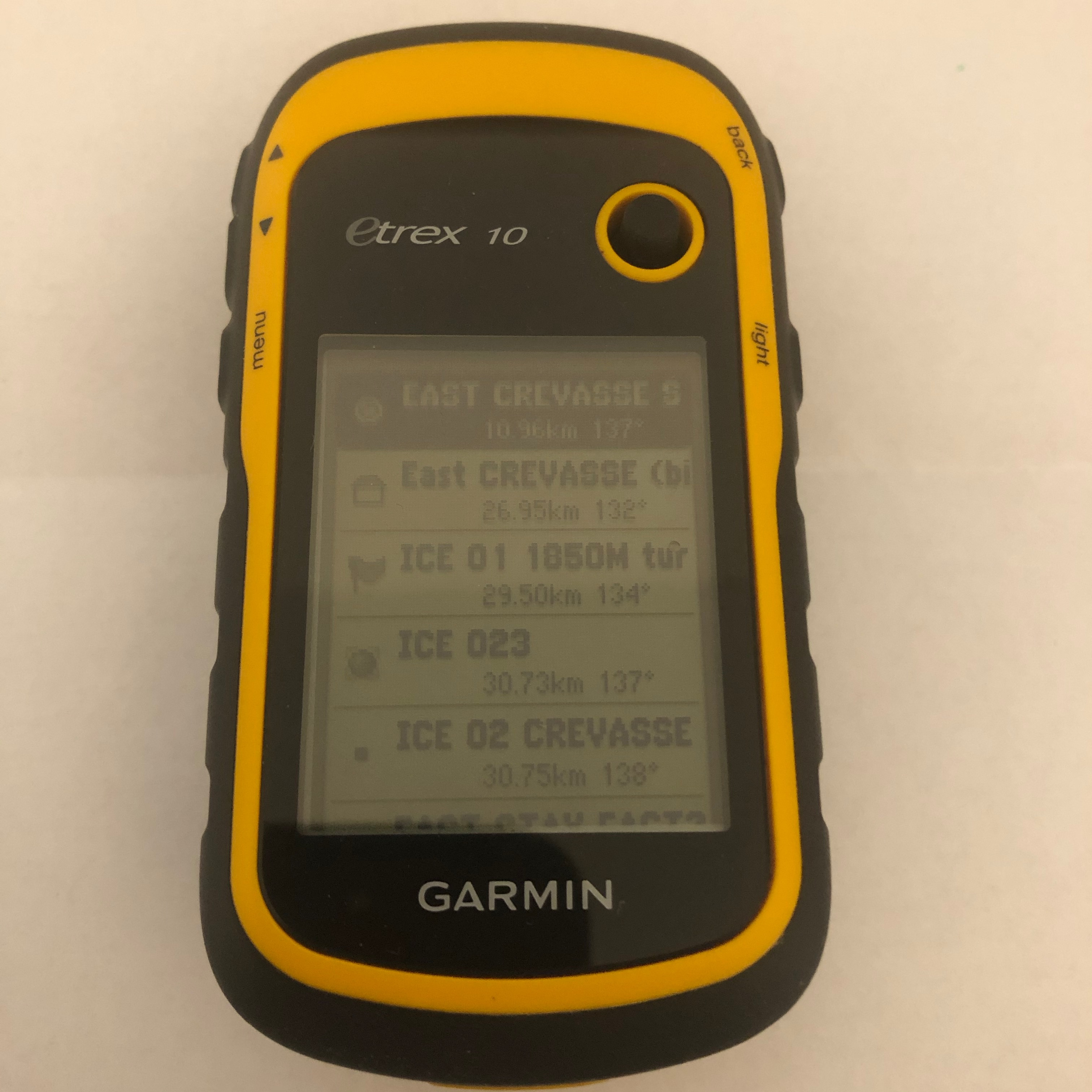 Garmin etrex 10 review - one of the best hiking gps units you can buy.
