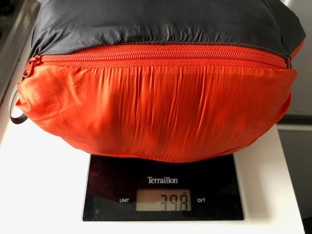 The medium jacket weighs in at just 398g
